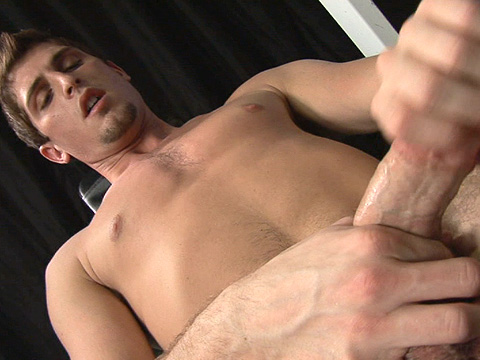 Jayden Grey gay twinks 18+ video from Twinks.com